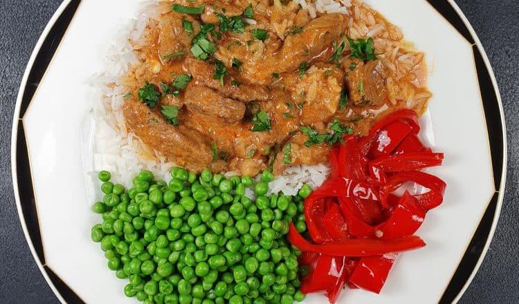 Goulash van varkensvlees met foto van Dagelijkse kost