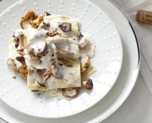 Lasagne met kalkoen en paddenstoelen