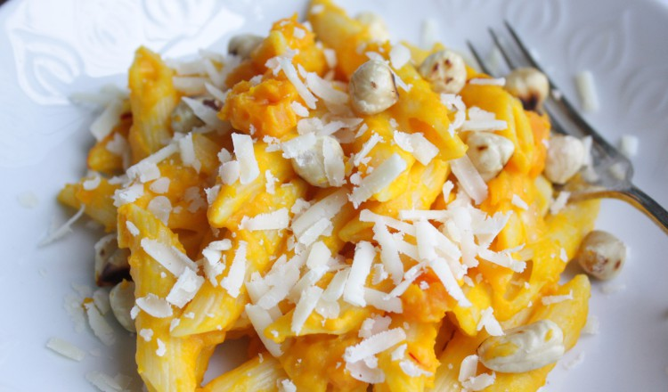 Pasta met pompoen en feta