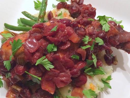 Konijn met cranberry-saus
