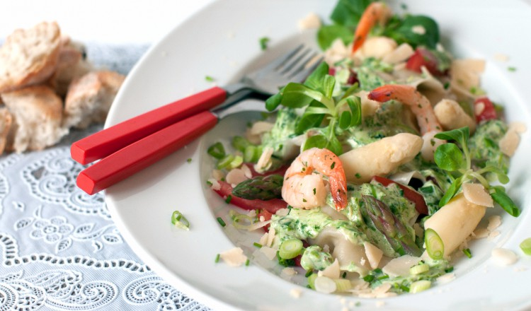 Ravioli met asperges en garnalen