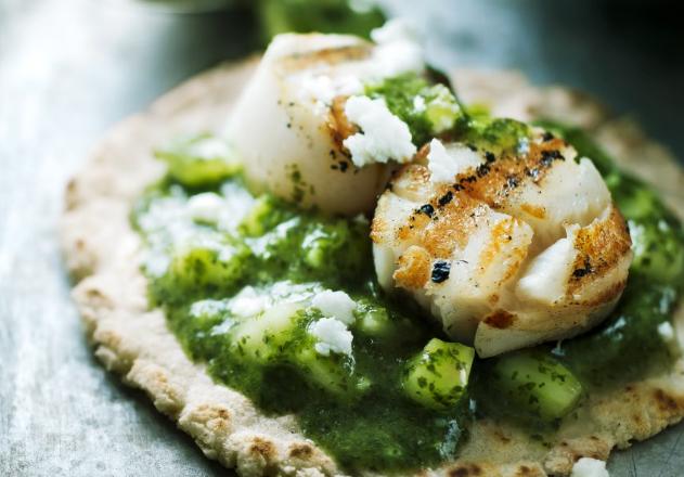 Green scallop taco