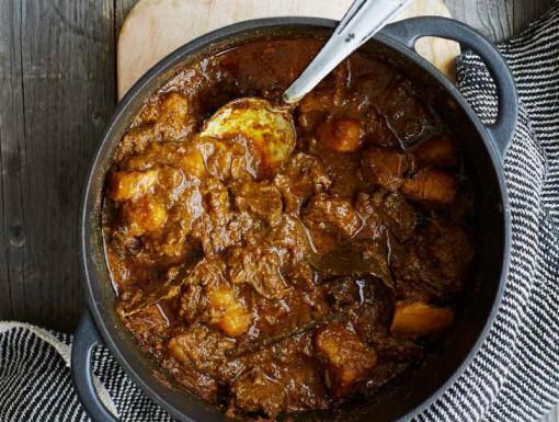 Aardappel-rundvlees curry