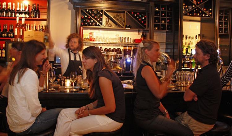 interieur wijnbar