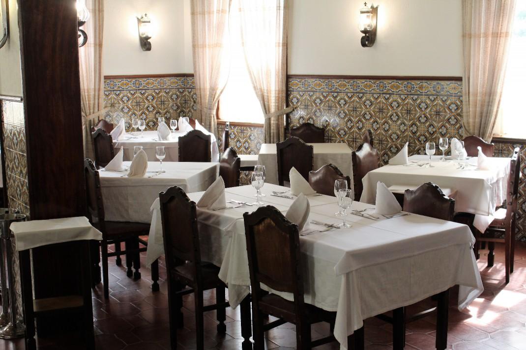 Interieur restaurant O Gaveto 1