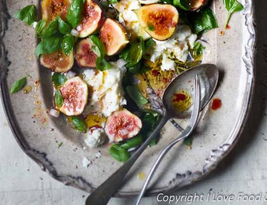 Verse vijgen met mozzarella en basilicum, #voorgerecht, #salade
