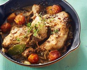 Kip in misosaus, heerlijk stoofgerecht uit de oven. Heerlijke saus met een Aziatisch tintje. Afkomstig uit het kookboek Soulfood.