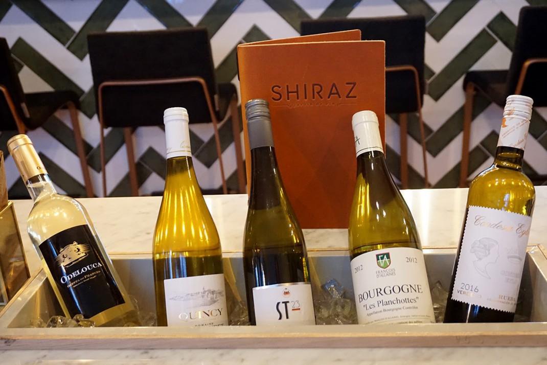 Wijnbar SHIRAZ ijsbak met wijnen