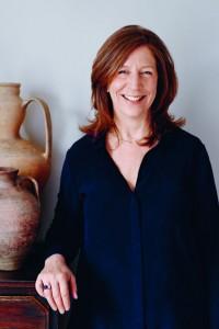 Monika Linton - Portret