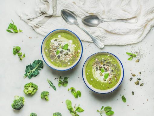 Broccolisoep met kokosmelk