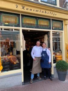 Kaaswinkeltje met Jolanda van Dongen