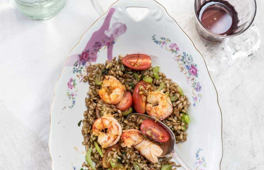 Farrosalade met garnalen uit het kookboek Hartstikke mediterraan