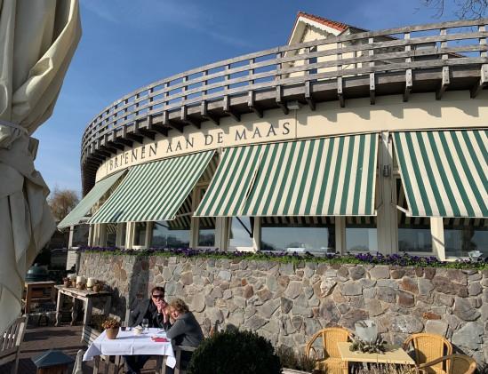 Aspergewijnverkiezing bij restaurant Brienen aan de Maas