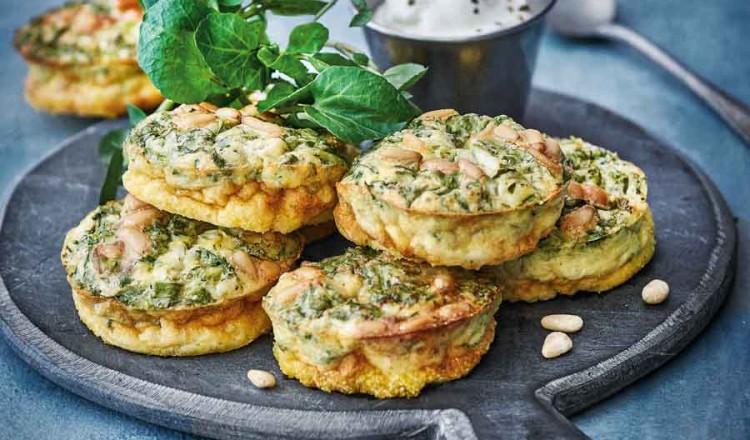 Muffins van waterkers & pijnboompitten