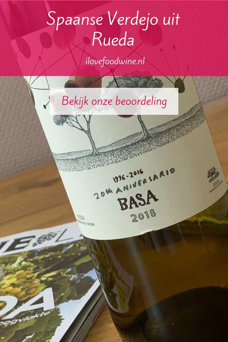 Wijnbeoordeling: deze Verdejo uit de Spaanse Rueda wordt gemaakt door wijnmaker Telmo Rodríquez. Hij kreeg het maximale aantal sterren in wijnmagazine Winelife. I love Food & Wine beoordeelt hem met 8,2 punten. #witte wijn #Basa