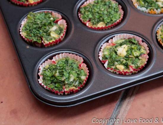 Muffins met spinazie en forel