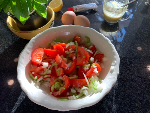 Tomatensalade met bleekselderij