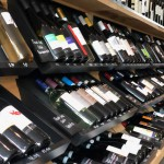 Schap met 150 wijnen van 't Fnidsen