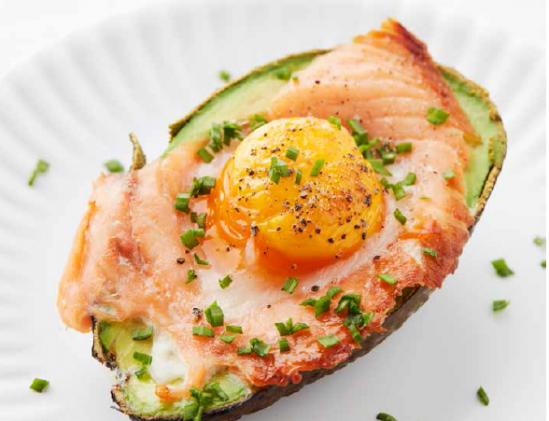 Egglicious Avocado met zalm