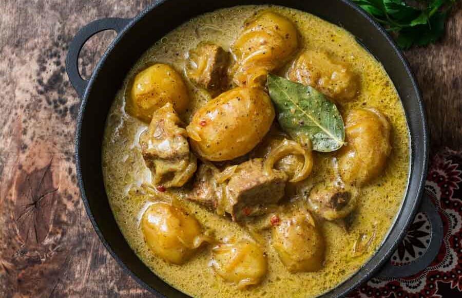 Thaise massaman curry van rundvlees uit het kookboek curry's