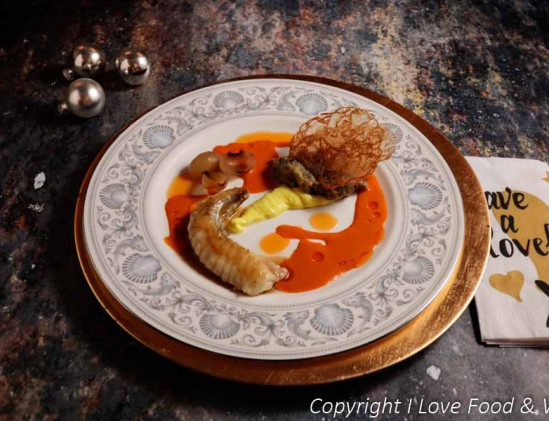 Zeeduivel met gepofte aubergine en een zachte kerriecrème