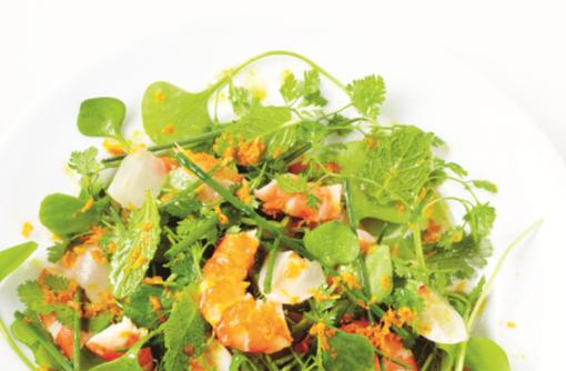 kruidensalade met lychee liggend uit het kookboek simplissime