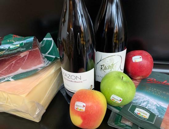 Kwaliteits Producten uit Alto Adige: stilfser kaas, wijn, appels en speck