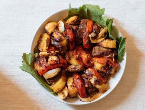 Spicy lamskebab uit Beiroet van Merijn Tol