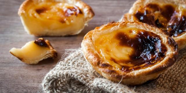 Patéis de nata; Portugese taartjes met roompudding