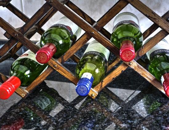 Wijn bewaren in wijnrek