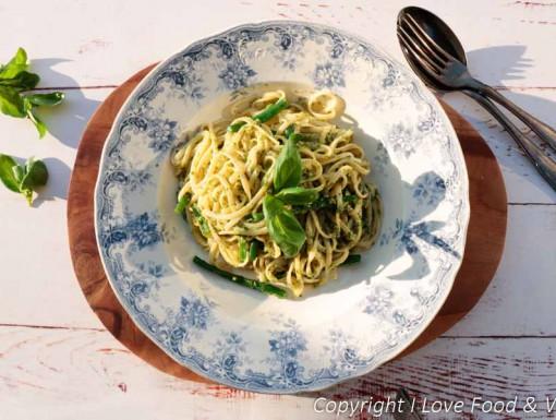 Pasta pesto met haricots verts en aardappel