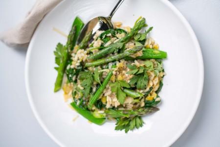Slanke risotto met groene groenten uit het kookboek NewFysic