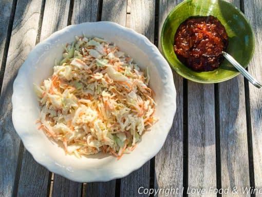 BBQ bijgerechten van Julius Jaspers: coleslaw en barbecue-saus