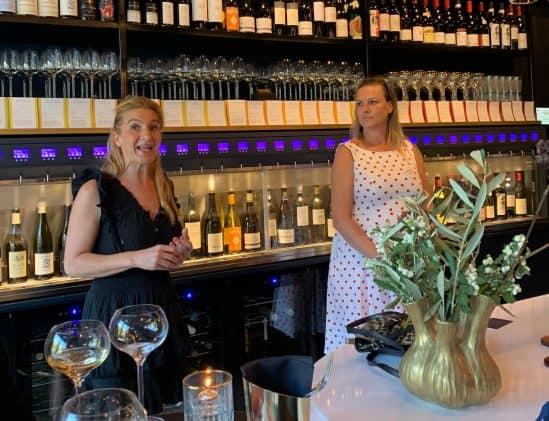 Wijnvrouw van het Jaar- initiatiefnemers Clarissa Slingerlang en Barbara Verbeek