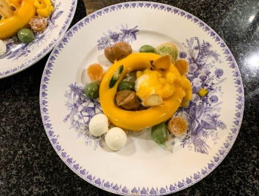 mousse van mango, dulce de leche uit de Sterrenchef Box van Eric van Bochove