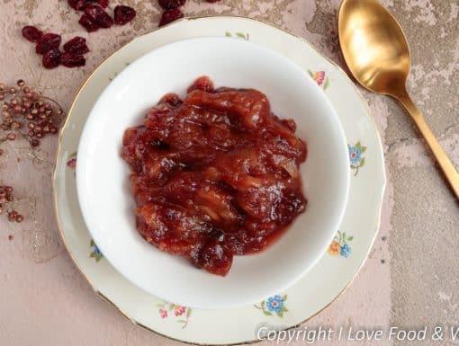 Appel chutney met cranberry