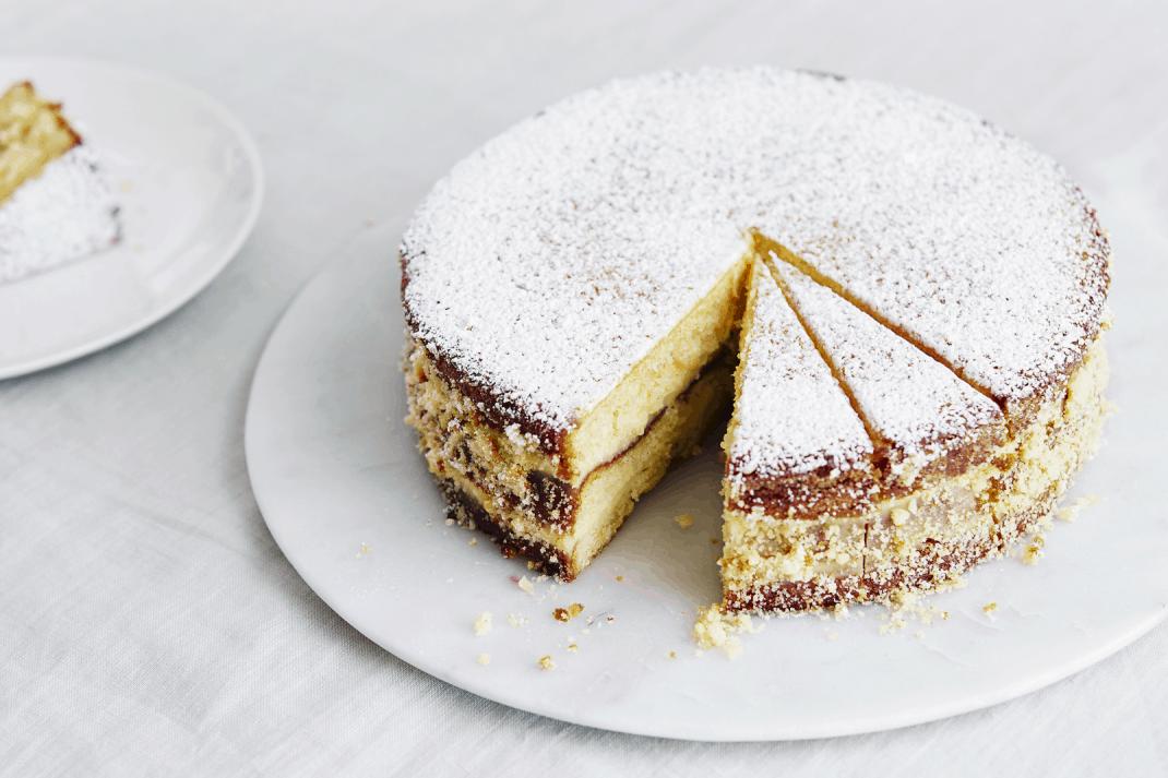 Italiaanse biscuittaart met roompudding Paradijstaart, uit het kookboek Made at Home van Giorgio Locatelli