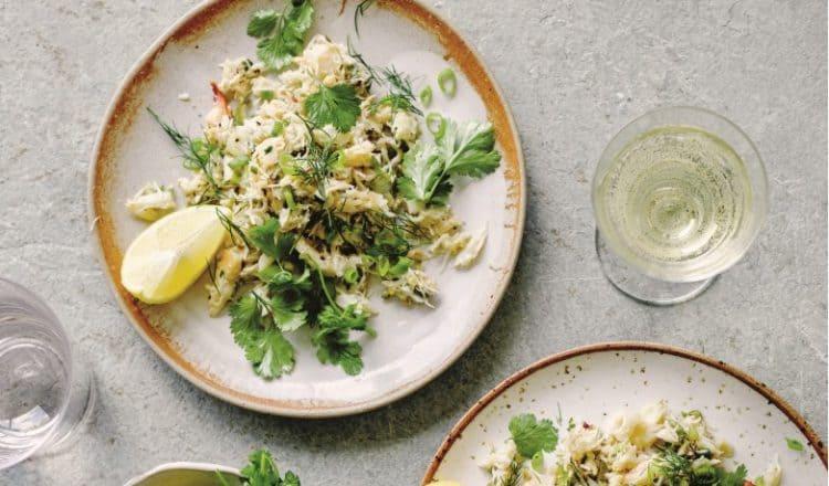 Broodje boter-knoflook krab van restaurant Dishoom uit het kookboek Dishoom