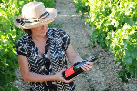 Floor van Ede in haar wijngaard